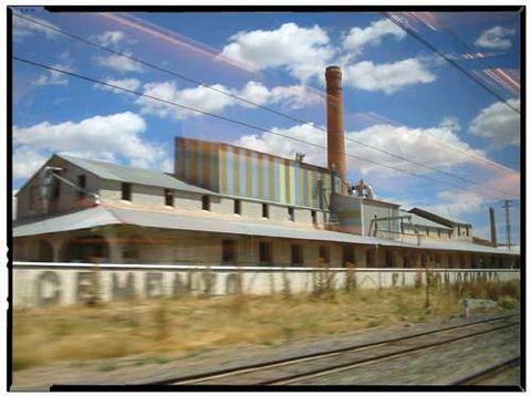 Fabrica de Cemento El Leon